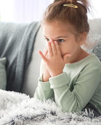 chora dziewczynka