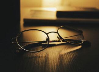 ściereczki do czyszczenia okularów.